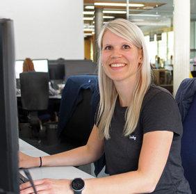 Susanne Burgi hat eine ausgezeichnete Ausbildung zur Kauffrau für Speditions- und Logistikdienstleistungen bei Noerpel abgeschlossen